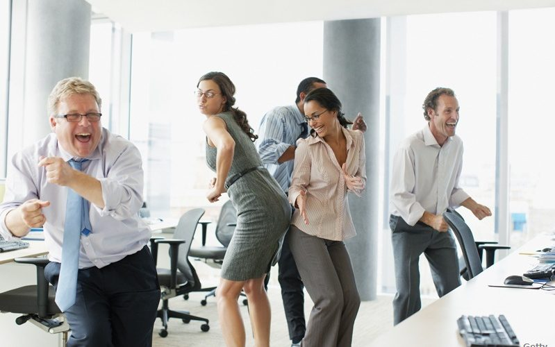 9 Ide Memotivasi Karyawan