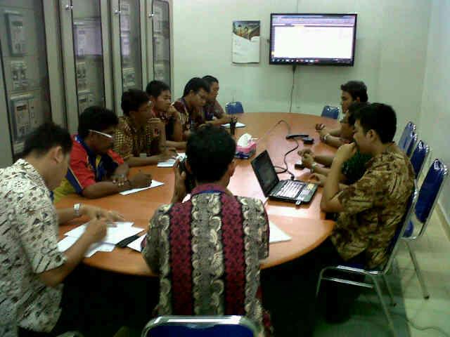 Rapat Sistem Kelistrikan Lombok