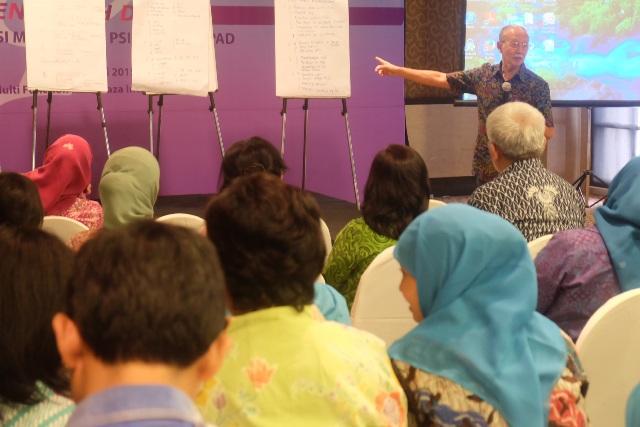 Seminar-Revolusi-Mental-ala-Psikologi-UNPAD